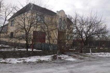 Будинок Юрія Шарапова, який охороняли вівчарки. Фото Ірини Патлатюк