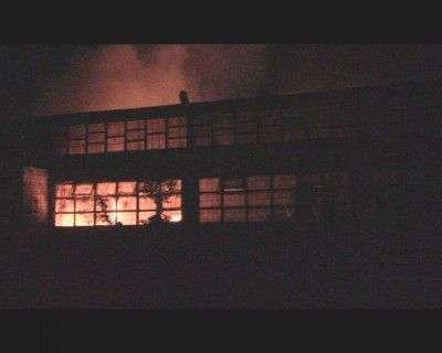 У Черкасах горіло приміщення з виготовлення паливних гранул, фото-1