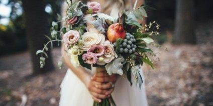 boho-pomegranate-bouquet-1400x700-c-default_751x376