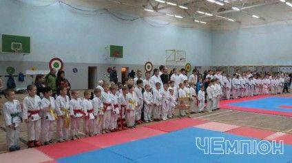 karate-678x381