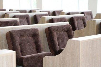 Нові стільці депутатів