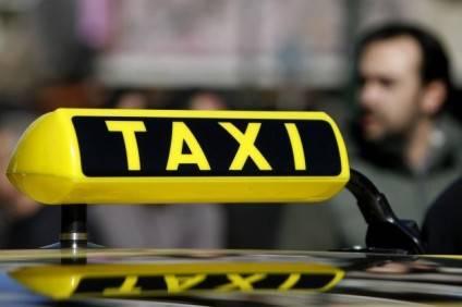 1358887171_taxi