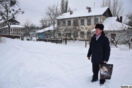 Староста Олександр Максимов 18 років був сільським головою. 17 січня 2016 року став першим в країні обраним старостою. За нього проголосували 78,5% виборців.