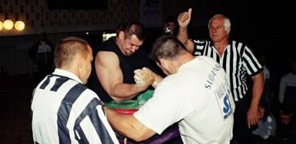 Чемпіонат Світу 2011 року в Казахстані, коли Ігор Мазуренко виборов титул переможця