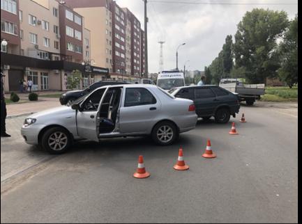 У Черкасах не розминулись дві автівки, є постраждалі