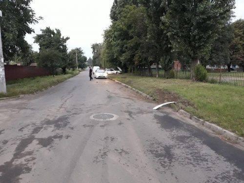 Вночі у Черкасах неповнолітній водій втрапив у ДТП: є потерпілі