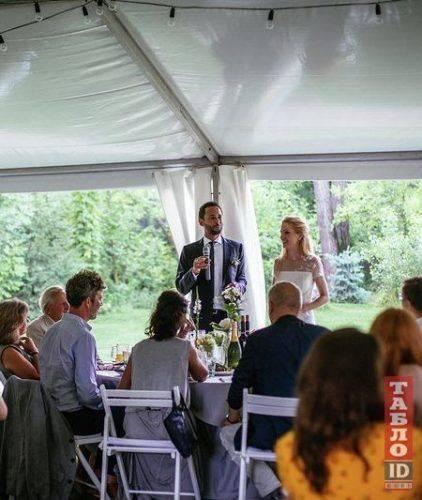 Жашківська депутатка вийшла заміж за провідного юриста світу (фото)