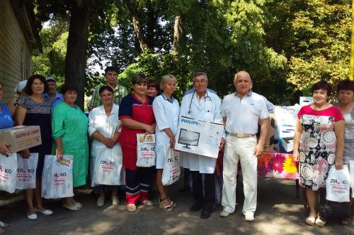 Радикальна партія Олега Ляшка допомагає сільським медзакладам, що опинились у скруті