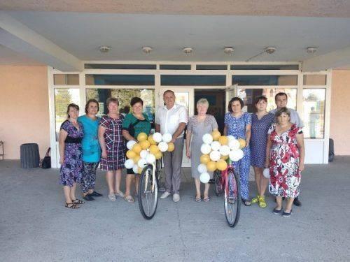 На Черкащині соціальні працівники отримали нові велосипеди