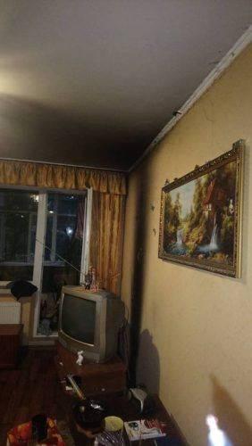 Через увімкнену праску у Черкасах ледь не згоріла квартира (фото)