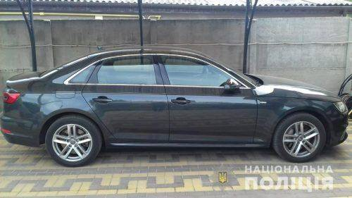 На Черкащині екс-заступник голови міськради намагався приховати автівку