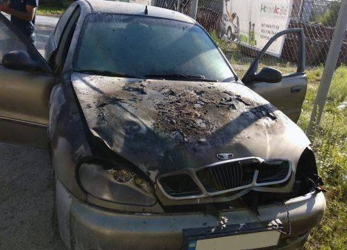 У Черкасах через замикання електропроводки згорів автомобіль (фото)