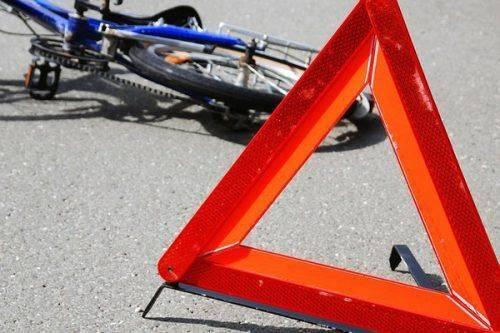 У Черкасах не розминулися автівка і велосипедист