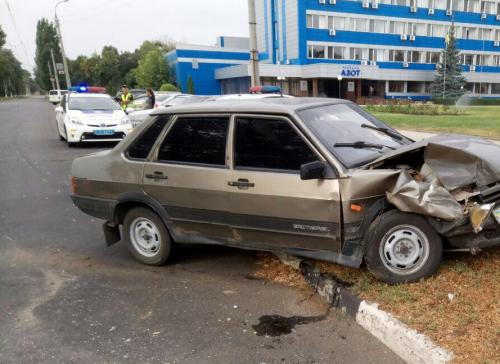 Унаслідок ДТП у Черкасах двоє постраждалих потрапили до лікарні (фото)