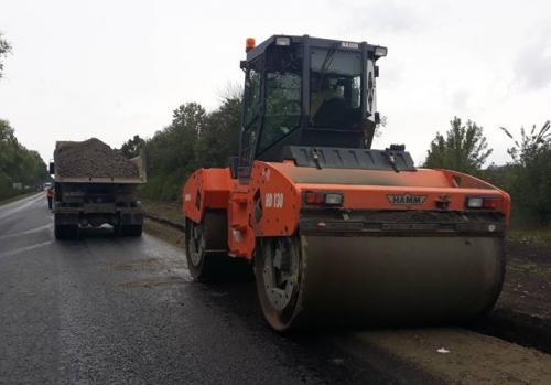 На Черкащині завершуються роботи із поточного середнього ремонту доріг