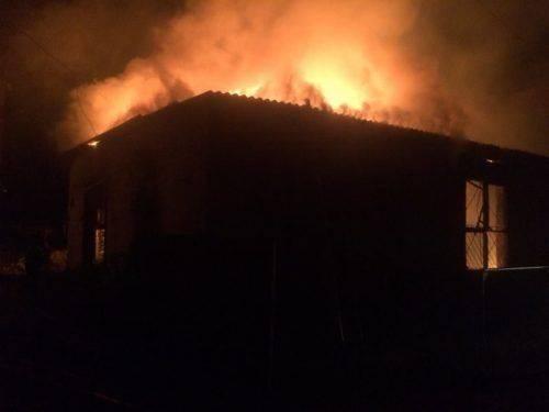 У Смілі через згубну звичку згоріла будівля (фото, відео)