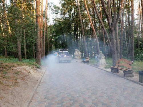 У черкаських парках провели комплексну обробку насаджень