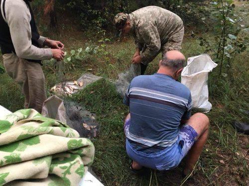 Черкаські браконьєри наловили риби на вісім тисяч гривень (фото)