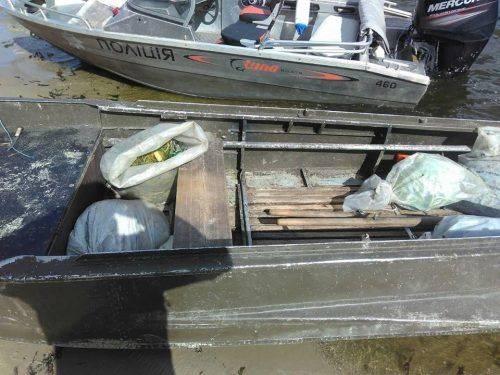 На Черкащині затримали браконьєра, який наловив риби майже на десять тисяч гривень (фото)