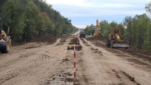 На Уманщині триває реконструкція шляхопроводу через залізничну колію (фото)
