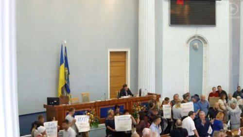 У Черкаській обласній раді з'явилися два нові депутати