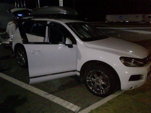 Пробивають шини та б'ють вікна: на заправках Уманщини дует злочинців грабує водіїв (фото)