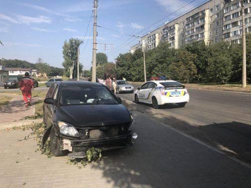 Унаслідок ДТП у Черкасах постраждало двоє осіб (фото)