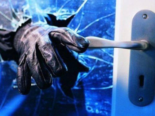 Зловмисникам, які пограбували будинок черкащанина, загрожує до шести років в'язниці