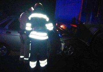 Унаслідок ДТП на Уманщині двох людей затиснуло в пошкодженому салоні авто