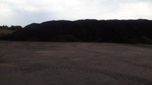 У Черкасах продали покриття, яке зняли зі злітної смуги аеропорту (відео)