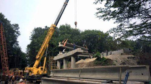 На Уманщині триває реконструкція шляхопроводу через залізничну колію