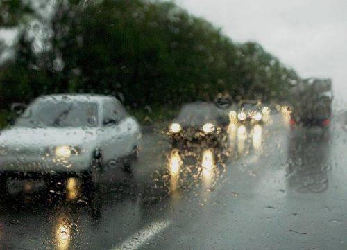 Відсьогодні водії Черкащини вдень вмикатимуть фари на заміських дорогах