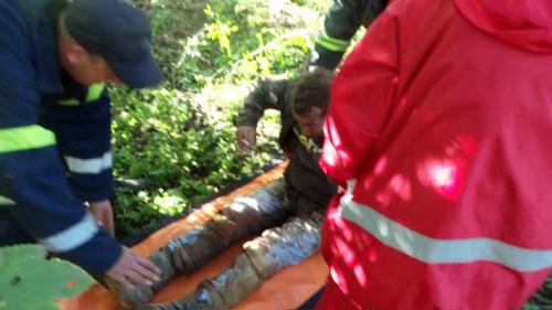 На Черкащині врятували чоловіка, котрий впав до криниці