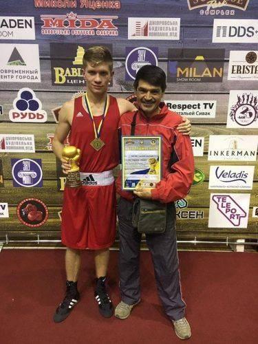 Черкаські спортсмени здобули нагороди на Кубку України з боксу