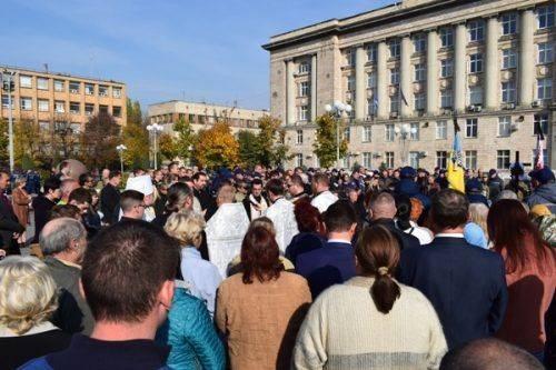У Черкасах попрощалися із загиблим на Донбасі воїном