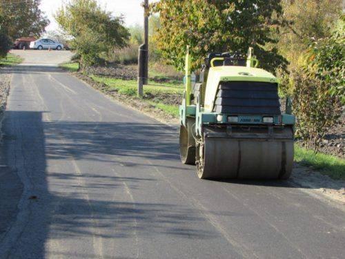 На ремонт дороги на одній із вулиць Шполи витратять майже мільйон гривень