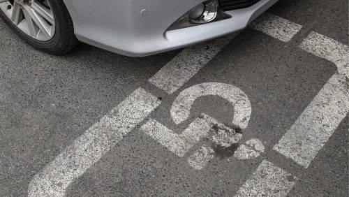 На Черкащині киянину, який наїхав на інвалідний візок, оголошено про підозру