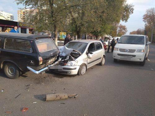У Черкасах не розминулися дві автівки, є постраждалі