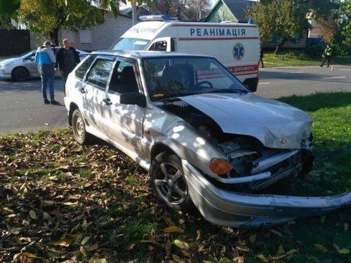 У Черкасах зіштовхнулися дві автівки, є постраждалі (фото)