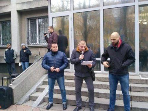 У Черкасах ветерани АТО пікетували Управління поліції