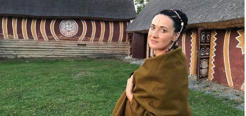 Відома українська телеведуча знялася у ролику на Черкащині (фото)