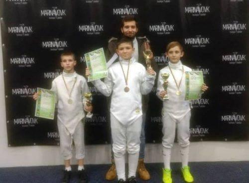 Черкаські спортсмени здобули нагороди на Всеукраїнських змаганнях з фехтування