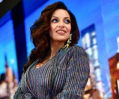 """Наталія Холоденко вразила вбранням, яке обрала для червоної доріжки """"Viva! Бал"""""""