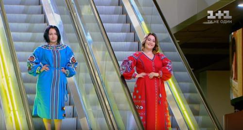 Моделі відомого телепроекту продемонстрували вишиті сукні від черкаської майстрині (фото)