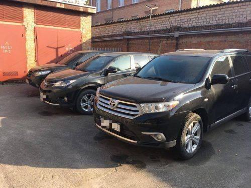 На Черкащині СБУ блокувала механізм легалізації викрадених авто (фото)