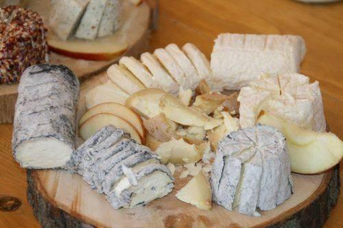 На Черкащині сім'я фермерів виготовляє елітні сири