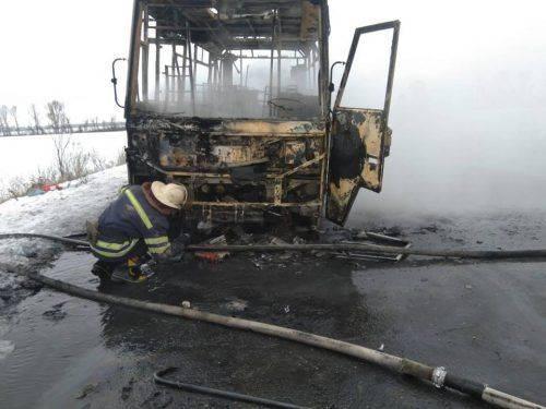 На Черкащині згорів автобус