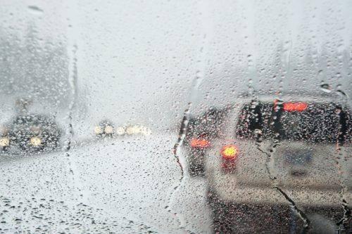 Через негоду на Черкащині десятки автомобілів застрягли у заторі
