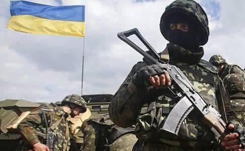 Черкаським військовим планують виплачувати премії