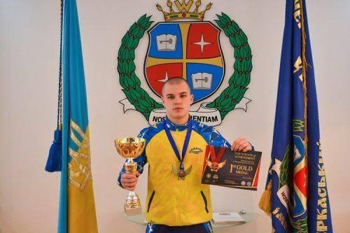 Черкаський спортсмен переміг на чемпіонаті Греції (фото)